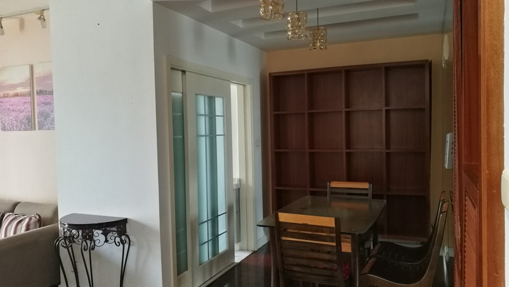 Clean, cozy, convenient high raise 1 bedroom apartment ... on looking for a house, train house, range house, cut house, lift house, bluff house, read house, shape house, make house, root house,