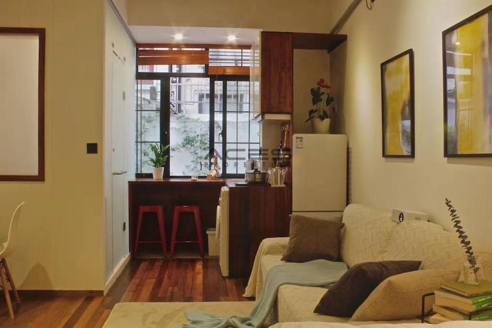 Apartment in Shanghai Jing'an